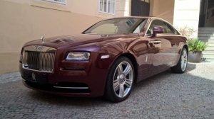 Владелец Rolls-Royce выставил штрафстоянке счёт на кругленькую сумму