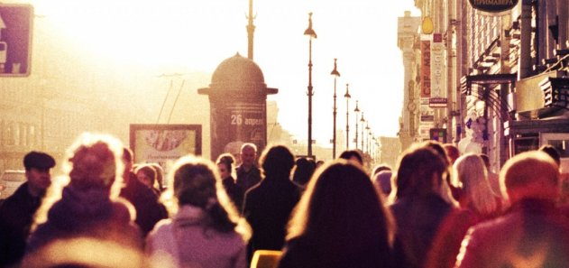 Население Петербурга увеличилось на 1%